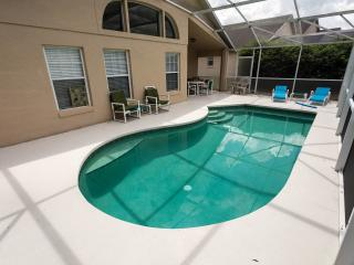 Peaceful Corner home - Minutes from Disney Parks!, Kissimmee