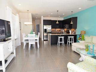 Luxury holidayhome nearest public facility, and with private pool., Clermont