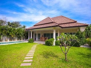 Villa Pacotte Phuket - 2 Br Private Pool, Rawai