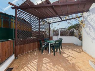 Studio Loza - Great location with private terrace, Spalato