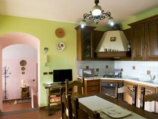 Trasimeno Villa with private pool up to 6 person