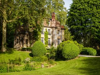 Manoir des Impressionnistes 15 minutes from Paris, Poissy