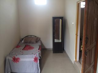 Daily and monthly rooms for rent in koramanagala, Bangalore