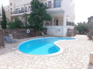 Kato Paphos Tourist Location - 2 Bed Apartment