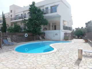 Prime Tourist Location - 2 Bedroom Apartment, Pafos