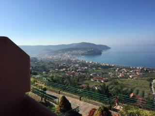 AMAZING SEAVIEW APARTMENT WITH POOL, Agropoli