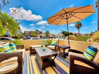 15% OFF APRIL - Sophisticated 3 BR/2.5BA Townhome Located in Windansea Beach!, La Jolla