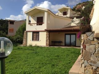 Villa Eden Rock, gorgeous sea view, 3BR, 2BA, Domus de Maria