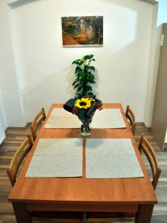 Flat in 5th floor (4th above ground floor - stairs, no lift!) is completely private and relaxing.