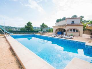 Lovely large airy villa in prestigious location, Javea