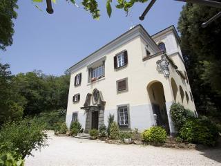 Luxury double room in a Great Italian Villa, Capranica