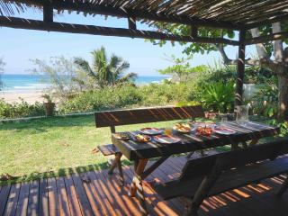 Casa Amendoa - Stunning villa on Tofo mainbeach