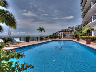 ASTONISHING OCEAN  VIEW CONDO! AT COSTA DE ORO
