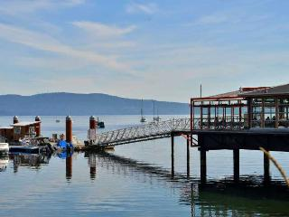 Incredible 3 Bedroom Townhome with Ocean Views on Vancouver Island, Mill Bay