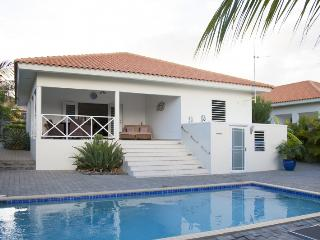 Luxury 4 bedroom villa with private pool