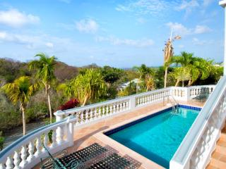 ALEXAMBRE... Lovely affordable Orient Bay villa for family or couples
