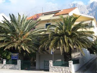 00713MAKA A1(6+1) - Makarska