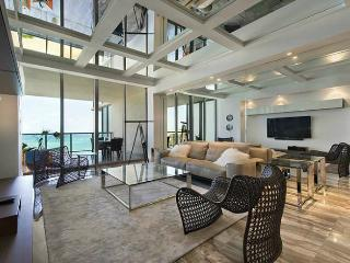 The Helen - 2 Bedrooms + 2 Bathrooms, Bal Harbour