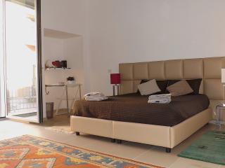 APULIA NIRVANA HOUSE, Bari
