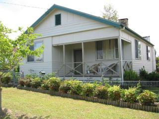 16 Gregson - Silky Oaks Gloucester