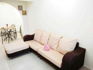 Cosy Holiday Home, Skudai