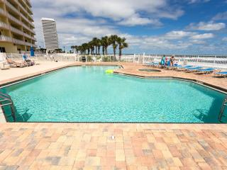 Luxury Direct Oceanfront Condo In Daytona Beach