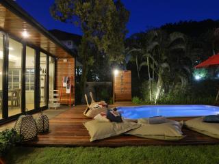 5 BR Luxury Villa with Pool + Garden Nimman area
