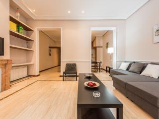 Gran Apartamento Las Cortes, Madrid