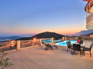 2 Bedroom Luxury Villa in Kas