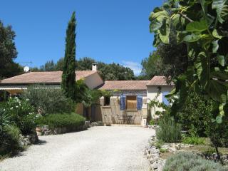 Maison à l'abri du Mistral - Haus für 4 bei Uzès