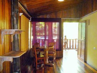 Toritos Rustic Private Rooms, Santa Teresa