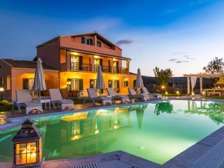 Modern, new villa so close to the virgin beach, Acharavi