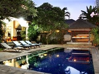 Villa Este, affordable 4 bedroom Villa in Seminyak
