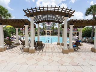 Windsor Hills 3bed/3 bath townhouse 2 miles Disney, Orlando