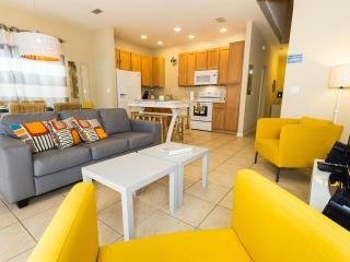 5 bed Special Offer $99.00 sleep 12 at Coral Cay!, Kissimmee