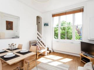 2 bedroomed apartment in Hampstead