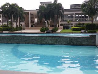 Fully Furnished Studio Beside Mall