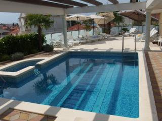 Apartement Laura - Villa Klaudia, Trogir