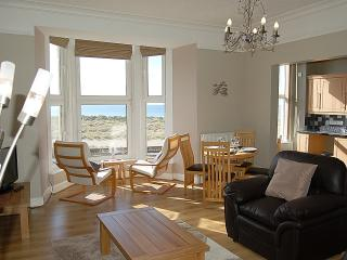 Barmouth (Abermawr) Sea View Apartment