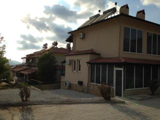 2 bedroom semi detached villa