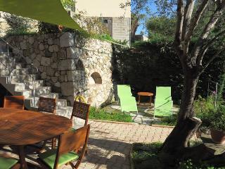 Gîte 115 m² 4 pièces 8 pers. Menton Côte d'Azur
