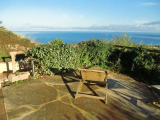 Domus Sarda - giardino vista mare a Castelsardo