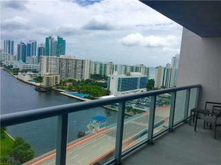 BeachWalk Resort Resort 2 Bed - 2 Bath Brand New!!, Hallandale