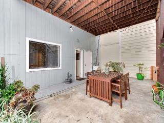 Amazing and Private 3 Bedroom, 2 Bathroom Apartment in Mission District, San Francisco