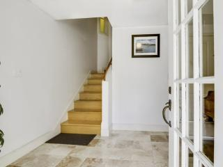 Clean and Neat 4 Bedroom, 2 Bathroom Flat in  SF - Architect Designed, São Francisco