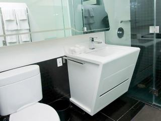 Beautiful 1 Bed 1 Bath Apartment - 2, New York