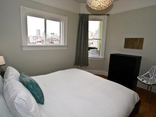 Top Floor Unit With 2 Bedrooms And 1 Bathroom - Great Views, San Francisco