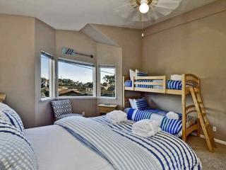 CHARMING 3 BEDROOM TWIN LAKES BEACH HOUSE, Santa Cruz
