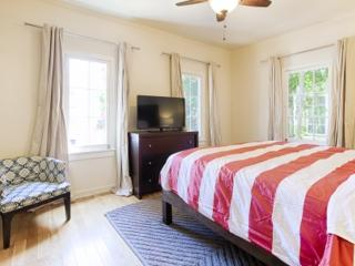 Infatuating and comfortable 2 Bedroom 1 Bathroom Apartment, Los Angeles