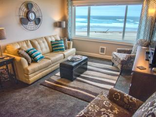 Seas the Day - Oceanfront Condo, Lincoln City